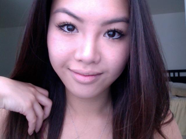 how to take off waterproof eyeliner