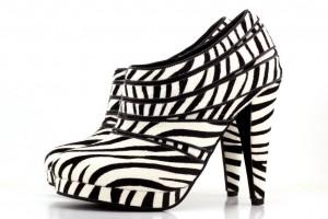 ahFzfnNob2Vzb2ZwcmV5LWhyZHIWCxINQmxvZ0ltYWdlRGF0YRiM2vcFDA 300x200 Shoe designing with @shoesofprey