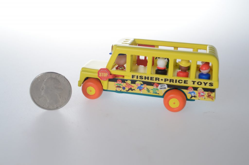 SI WS FP LITTLE PEOPLE BUS_SCALE